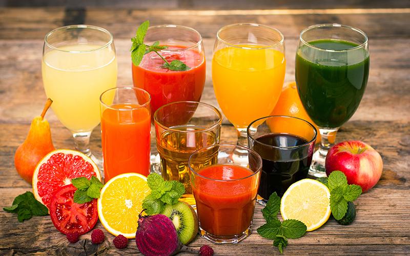 Различные соки из овощей и фруктов