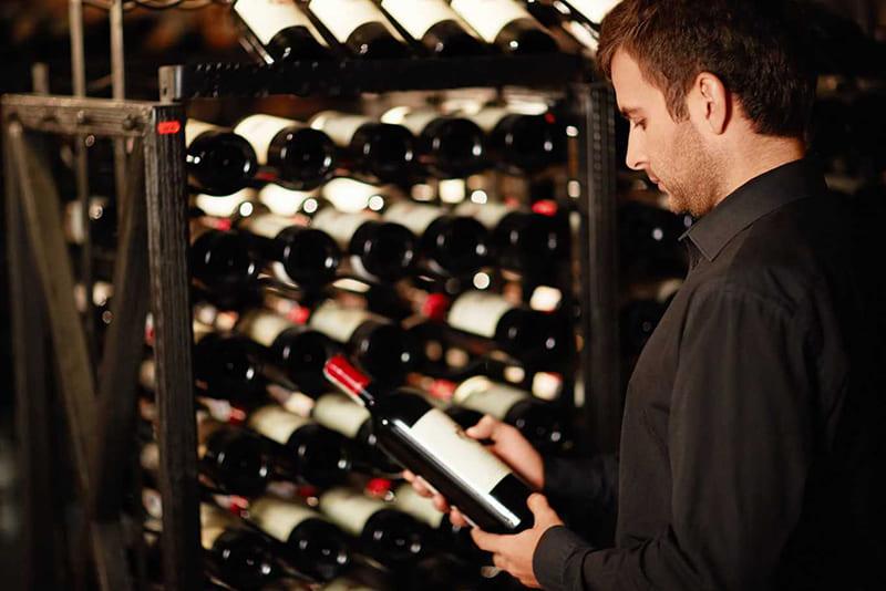 Вино в магазине