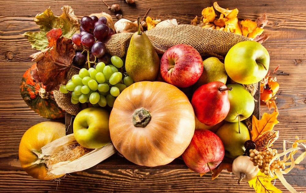Фрукты и овощи осенью