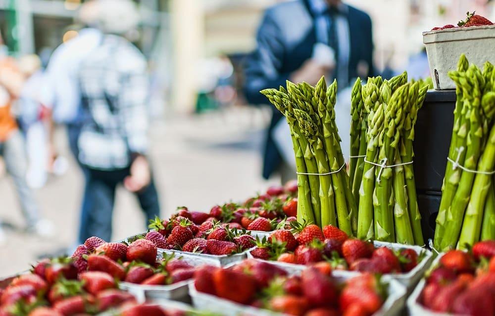 Фрукты и овощи весной