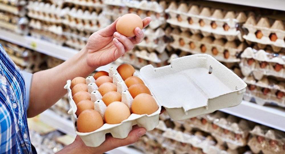 Лоток куриных яиц