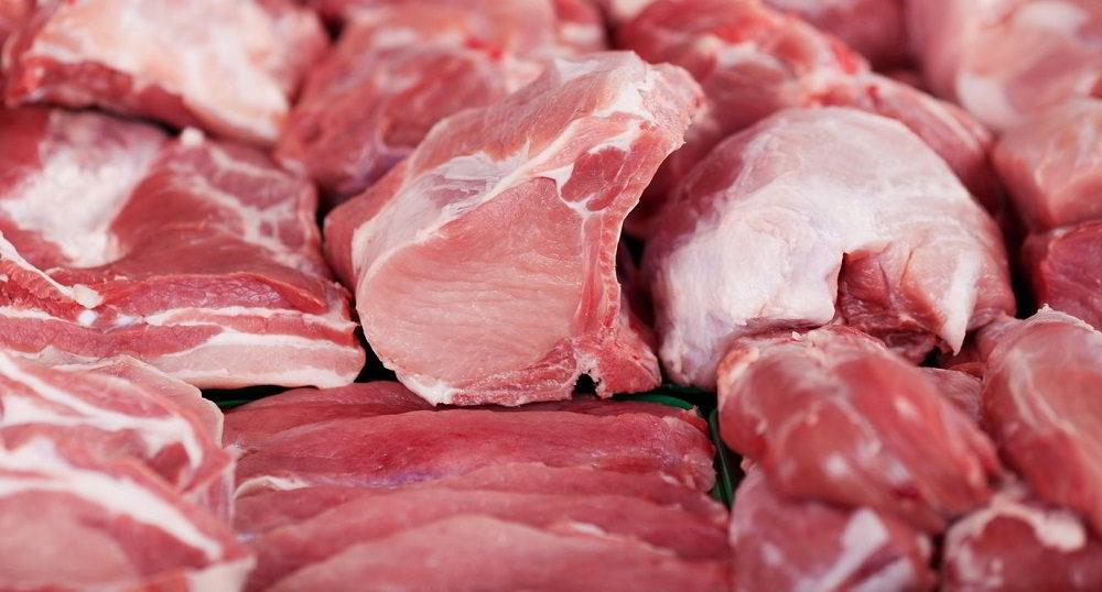 Охлаждённое мясо на витрине