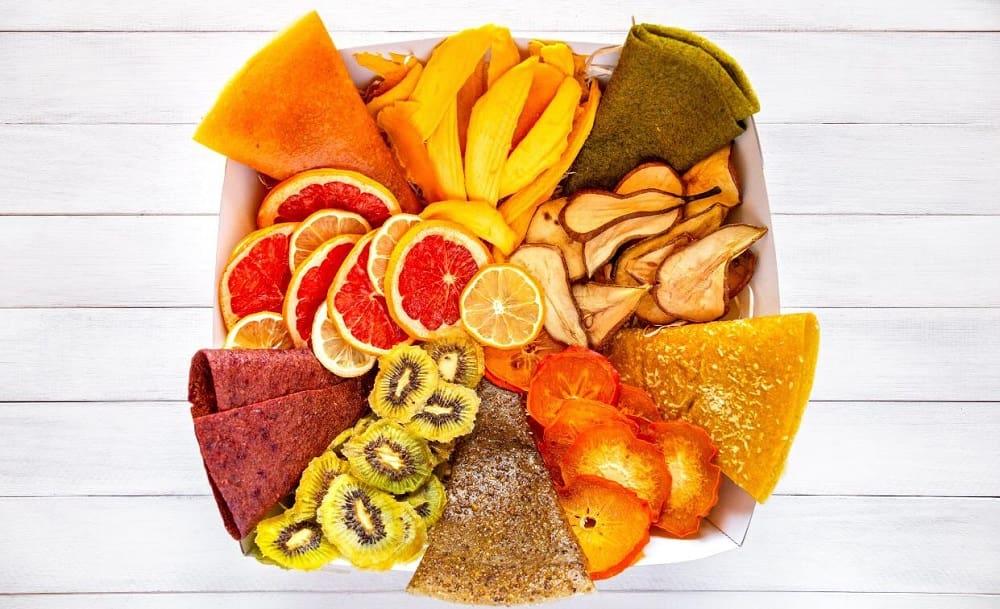 Разные фруктовые чипсы