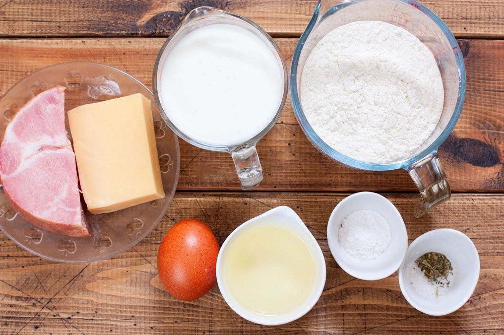 Состав маффинов с ветчиной и сыром