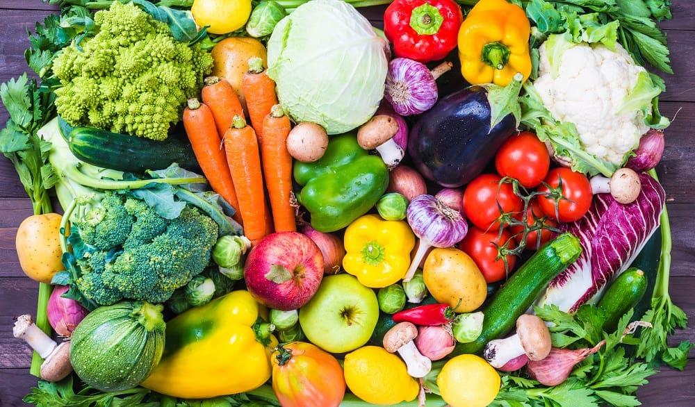 Свежие овощи летом