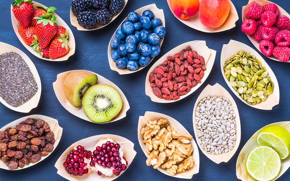 Орехи, фрукты, ягоды