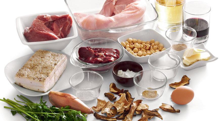 Кролик, яйцо, масло, орехи и другие ингредиенты