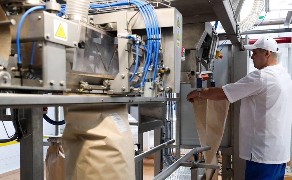 Сухое молоко на заводе