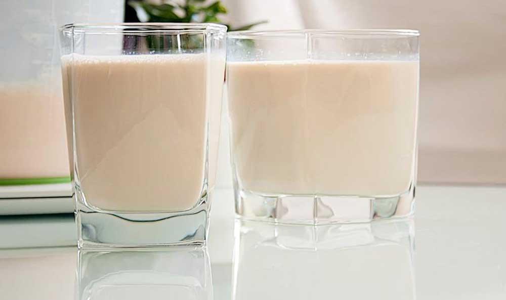 Топлёное молоко из кастрюли